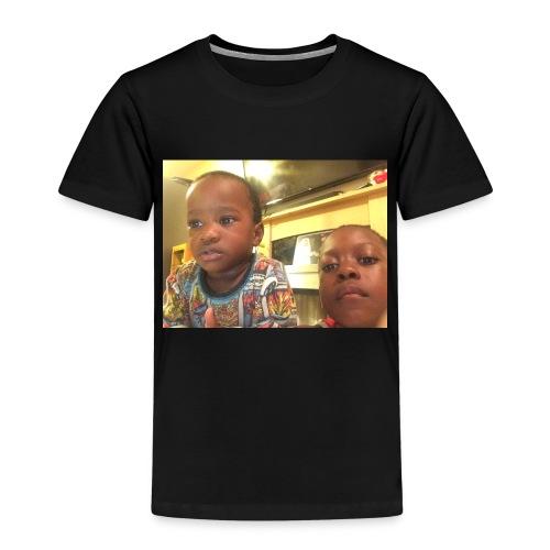 0547F8C1 9DF9 4EF3 AFC6 A23F6EA2B69B - Kids' Premium T-Shirt