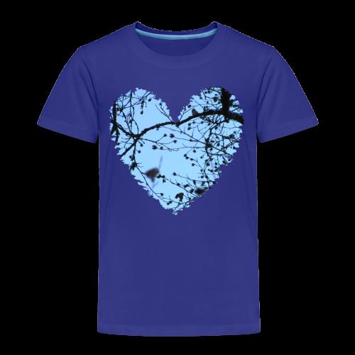 hart met boom takken en blauwe lucht, love t-shirt - Kinderen Premium T-shirt