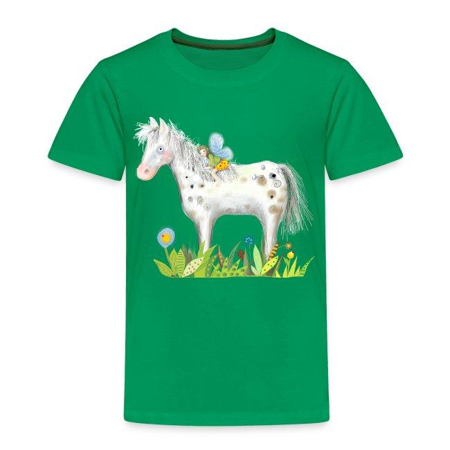 Fee. Das Pferd und die kleine Reiterin.