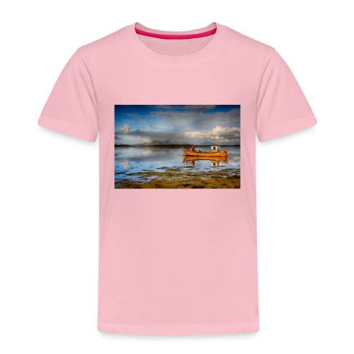 yellow boat on the sea over blue sky - Kids' Premium T-Shirt