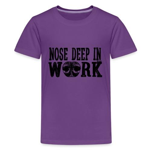 Nose Deep in Work 2 - Teinien premium t-paita