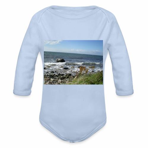 Bornholm om sommeren - Langærmet babybody, økologisk bomuld