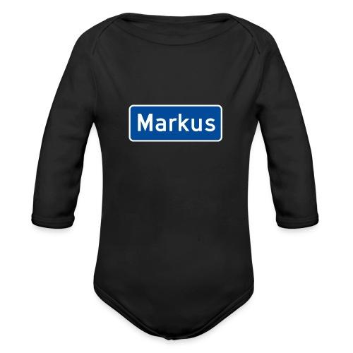 Markus veiskilt, fra Det norske plagg - Økologisk langermet baby-body
