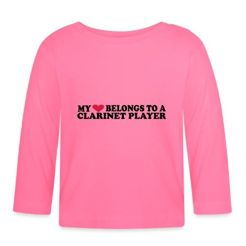 My Love Belongs to a Clarinet Player - Langarmet baby-T-skjorte