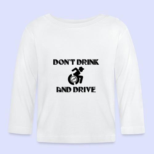 Niet tegelijk drinken en rijden in je rolstoel - T-shirt