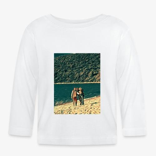 Tre amici sulla spiaggia si fotografano - Maglietta a manica lunga per bambini