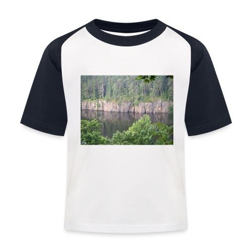Laatokan maisemissa - Lasten pesäpallo  -t-paita