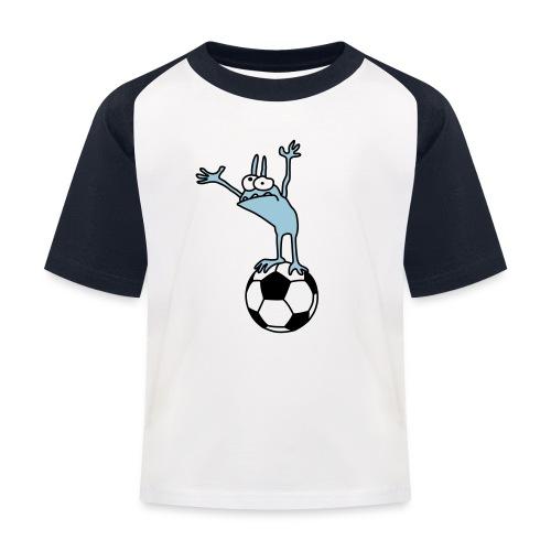 Kobold mit Fußball - Kids' Baseball T-Shirt