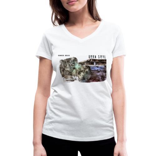 gas mask 2 black - Frauen Bio-T-Shirt mit V-Ausschnitt von Stanley & Stella