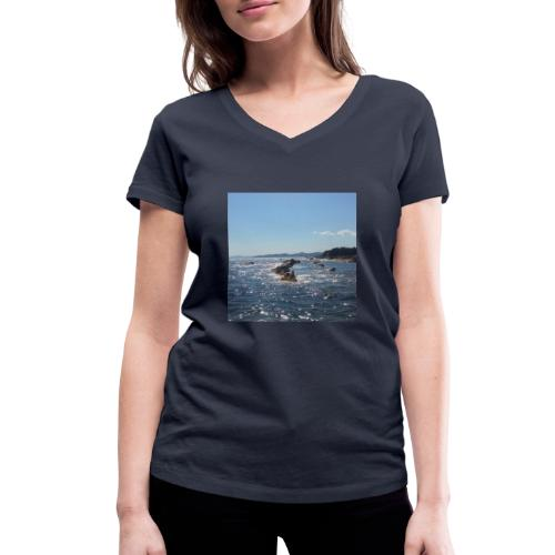 Mer avec roches - T-shirt bio col V Stanley & Stella Femme