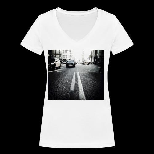 IMG 0806 - Women's Organic V-Neck T-Shirt by Stanley & Stella