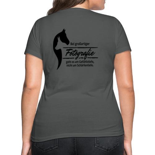 Gefühlstiefe vs. Schärfentiefe - Frauen Bio-T-Shirt mit V-Ausschnitt von Stanley & Stella
