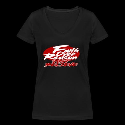 OVER REASON - Camiseta ecológica mujer con cuello de pico de Stanley & Stella