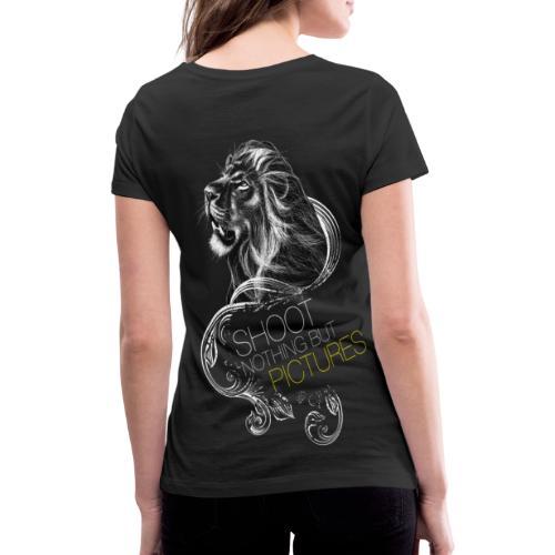 Cecil leeuw op zwart NEW - Women's Organic V-Neck T-Shirt by Stanley & Stella