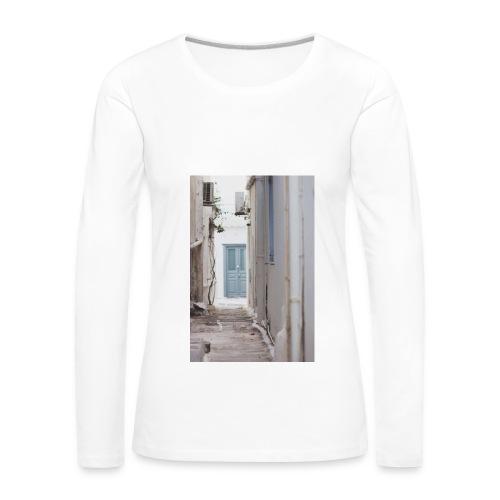empty street in Mykonos - Koszulka damska Premium z długim rękawem