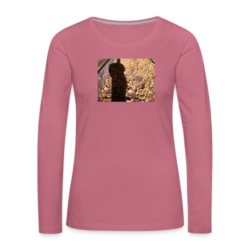 THE GREEN MAN IS MADE OF AUTUMN LEAVES - Women's Premium Longsleeve Shirt