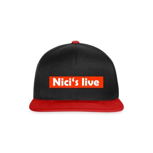 Nici's live Rot/Weiß T-Shirt - Snapback Cap