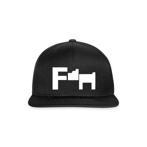 Short - Snapback Cap
