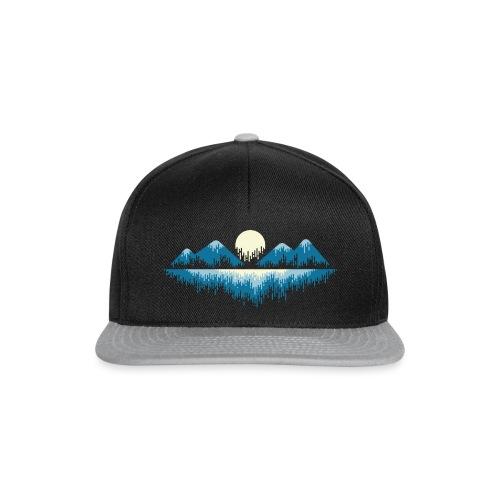 Moon Landscape t-shirt - Snapback Cap