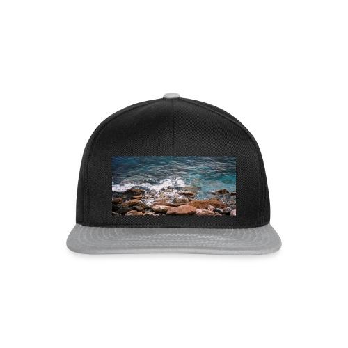 Handy Hülle mit Wellenmotiv - Snapback Cap