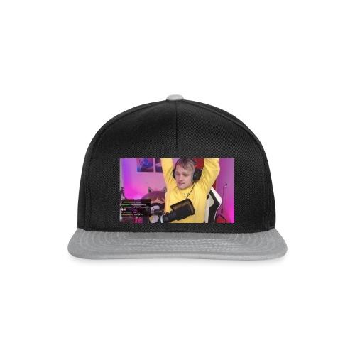 i - Snapback cap