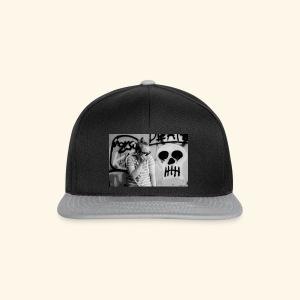 Black humor with a skull - Snapback Cap