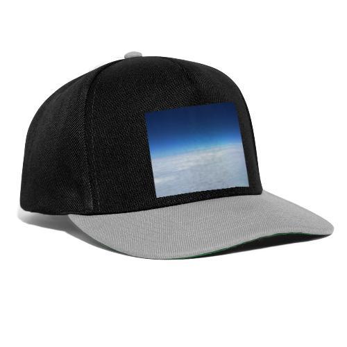 blauer Himmel, weiße Wolken - Flug über Australien - Snapback Cap