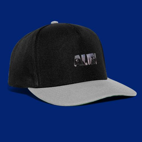 AlienS on tHe MooN - Snapback Cap