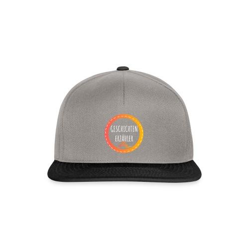 GESCHICHTENERZAEHLER white 1 - Snapback Cap