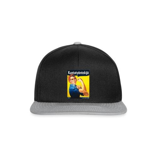 Kuntatyöntekijä - Naisten t-paita - Snapback Cap