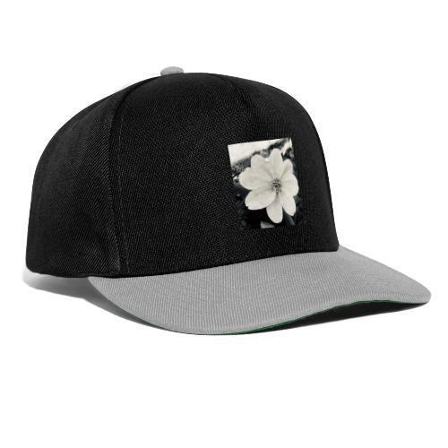 Blume Schwarz Weiß - Snapback Cap