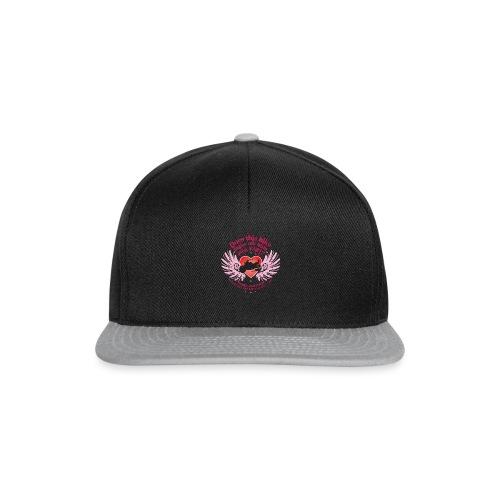 Kabes Fast Bum T-Shirt - Snapback Cap