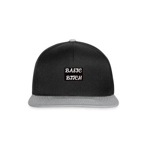 Basic bitch - Snapbackkeps