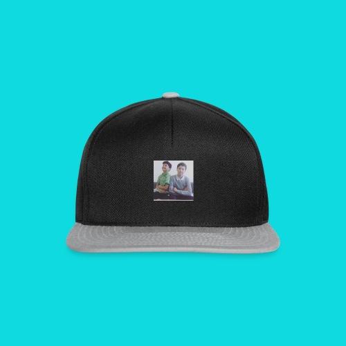 Yakonic T-shirt - Snapback Cap