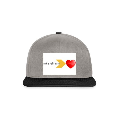 Heart on the right place - Snapback cap