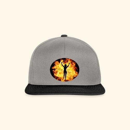 Girl on fire - Snapback-caps