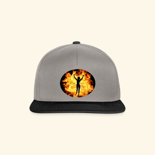 Girl on fire - Snapback-caps