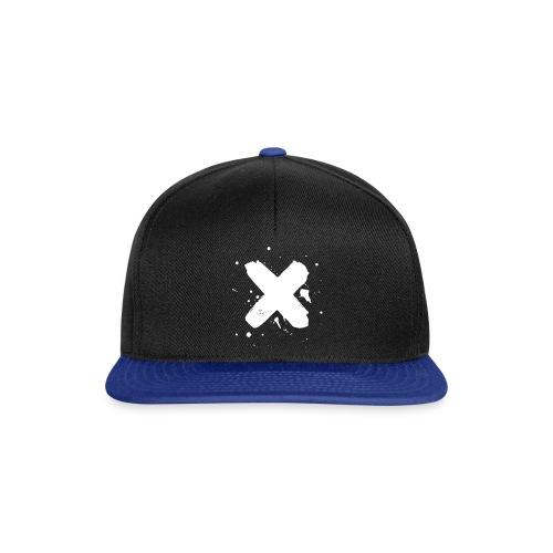 X valkoinen - Snapback Cap
