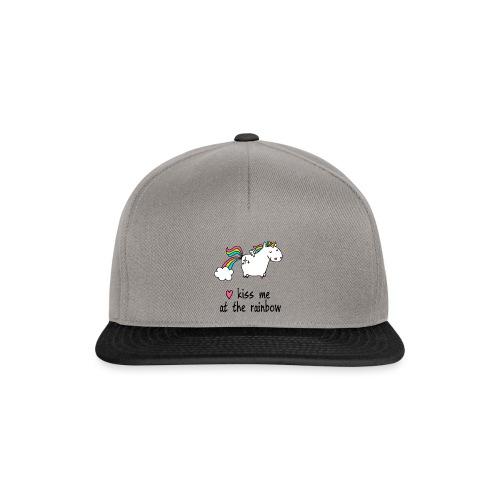 Funny T-Shirt   Unicorn - kiss me at the rainbow - Snapback Cap