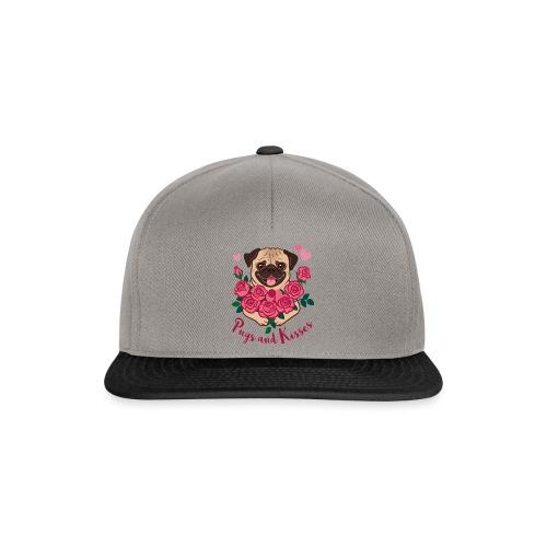 Mops und Küsse | Pugs and kisses - Snapback Cap