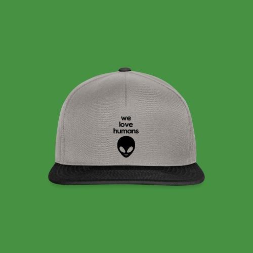 We Love Humans mit Aliengesicht - Snapback Cap