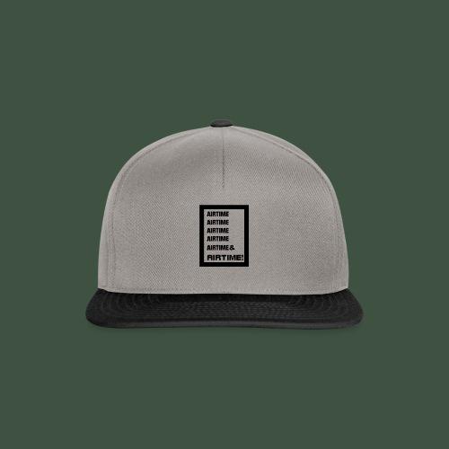 Airtime Logo schwarz auf weiss - Snapback Cap