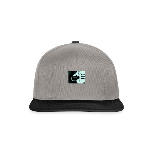 Mikkel sejerup Hansen T-shirt - Snapback Cap