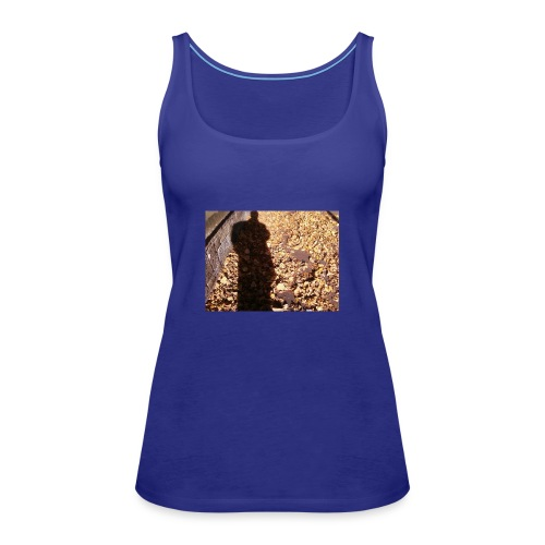 THE GREEN MAN IS MADE OF AUTUMN LEAVES - Women's Premium Tank Top