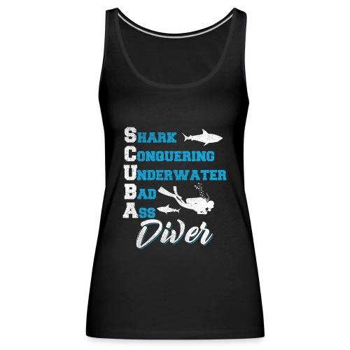 Shark Conquering Underwater Scuba Diver - Frauen Premium Tank Top