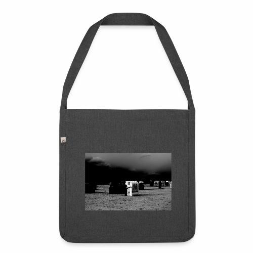 Strandkorb 16 - Schultertasche aus Recycling-Material