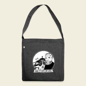 Don't fear the BEAR(d) - Schultertasche aus Recycling-Material