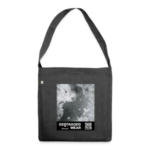 Camouflage Black White – Muskoka Collection 1708 - Schultertasche aus Recycling-Material