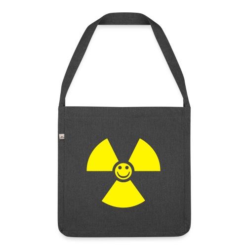 Atom! - Axelväska av återvinningsmaterial