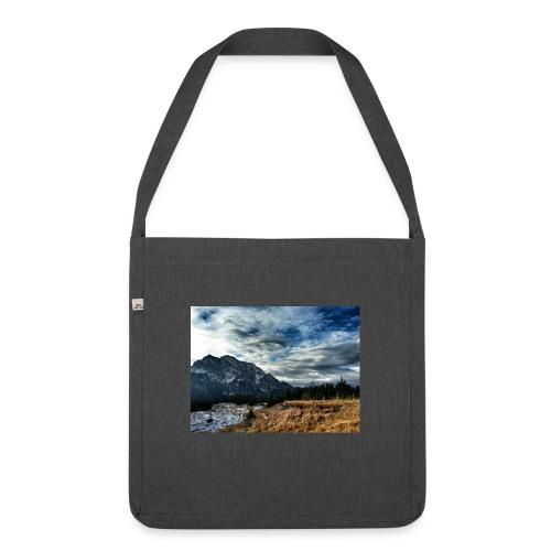 Wolkenband - Schultertasche aus Recycling-Material